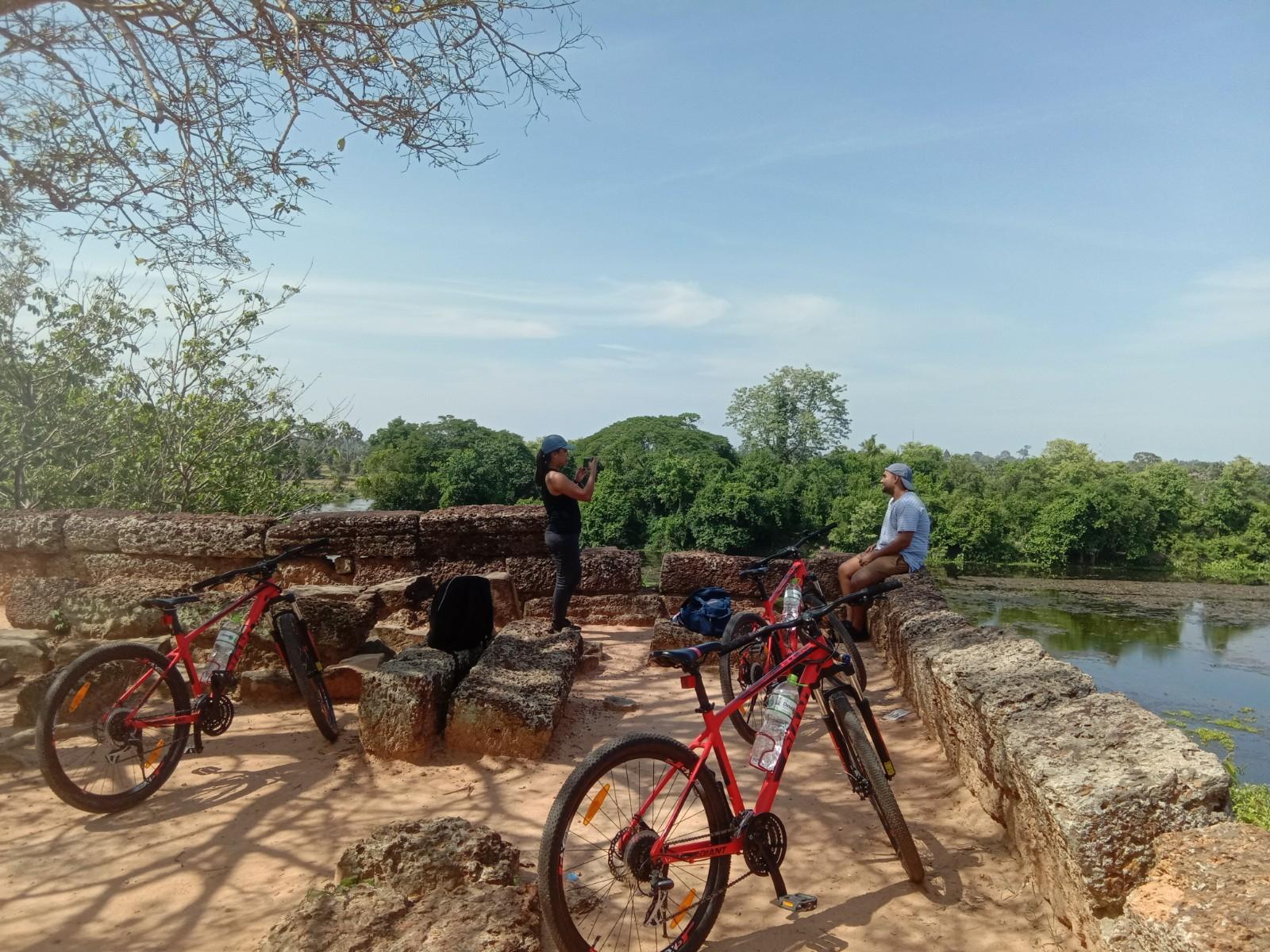 Angkor Wat Full Day Bike Tour