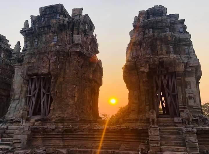 Phnom Krom for Sunset Cycling Tour